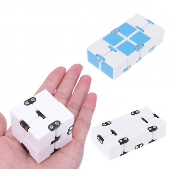 Головоломка Infinity cube