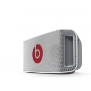 беспроводная , портативная beatbox portable MP3 колонка (блютус) белая