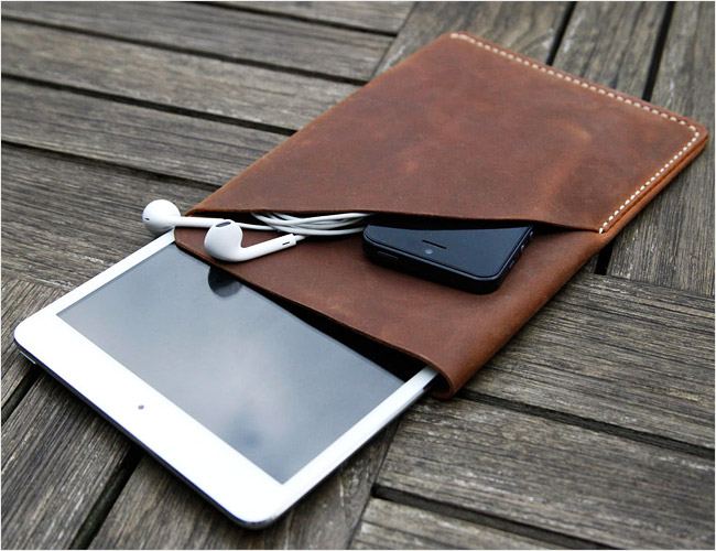 Grams-28-iPad-Mini-Sleeve-Gear-Patrol-Final1